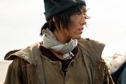 《我和我的祖国》备受好评 陈飞宇大胆突破令观众称赞